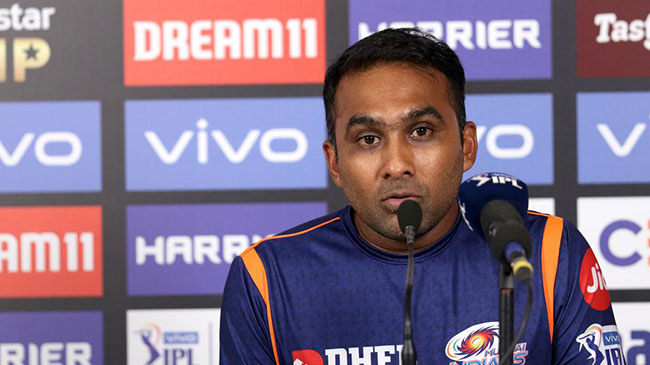 Mahela Jayawardene is a head coach of Mumbai Indians.